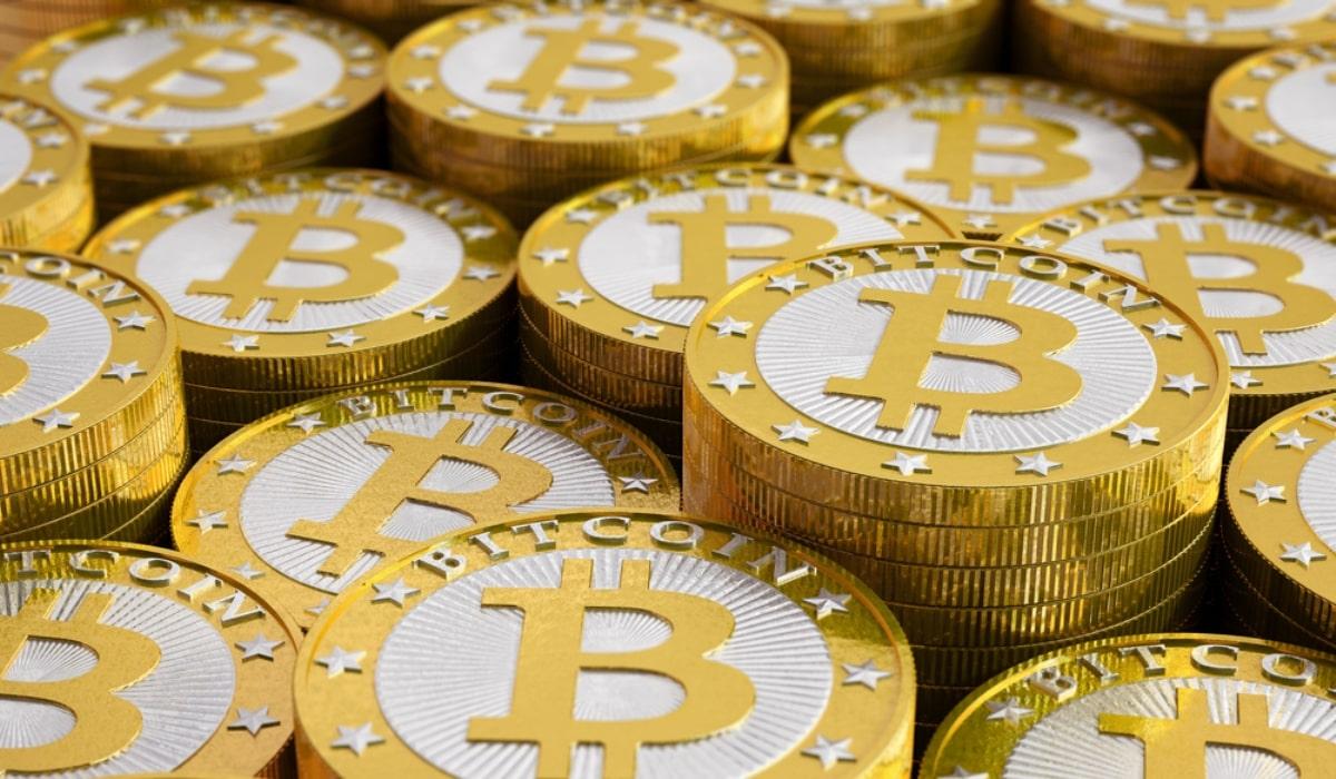 【仮想通貨】IOSTとビットコイン(BTC)だったらどっちを買ったほうが億り人になれそう?
